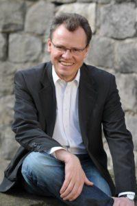 Dr. Michael Heidinger